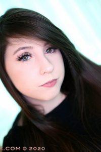 Beautiful brunette webcam model