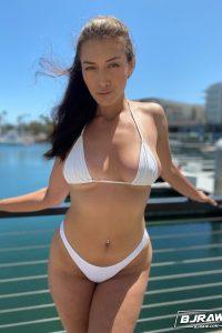 Looks sexy at the marina